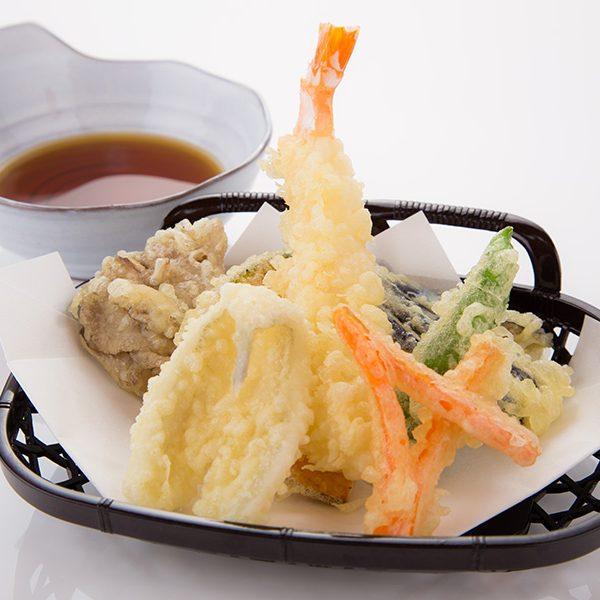 キスと海老と季節野菜の天ぷら